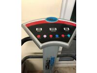 Body Train Vibrating Plate Exercise Machine