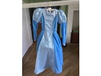 Disney Cinderella Dress and Cape age 5-6 years