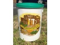 Fermentation bucket