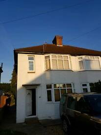 fully furnished 3 bed house no fees