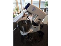 Cake mixer - 1000W Hairy Bikers World, with all original accessories. Mint condition, hardly used.