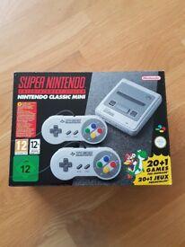 Super Nintendo SNES classic mini console with 2 controllers & 21 games