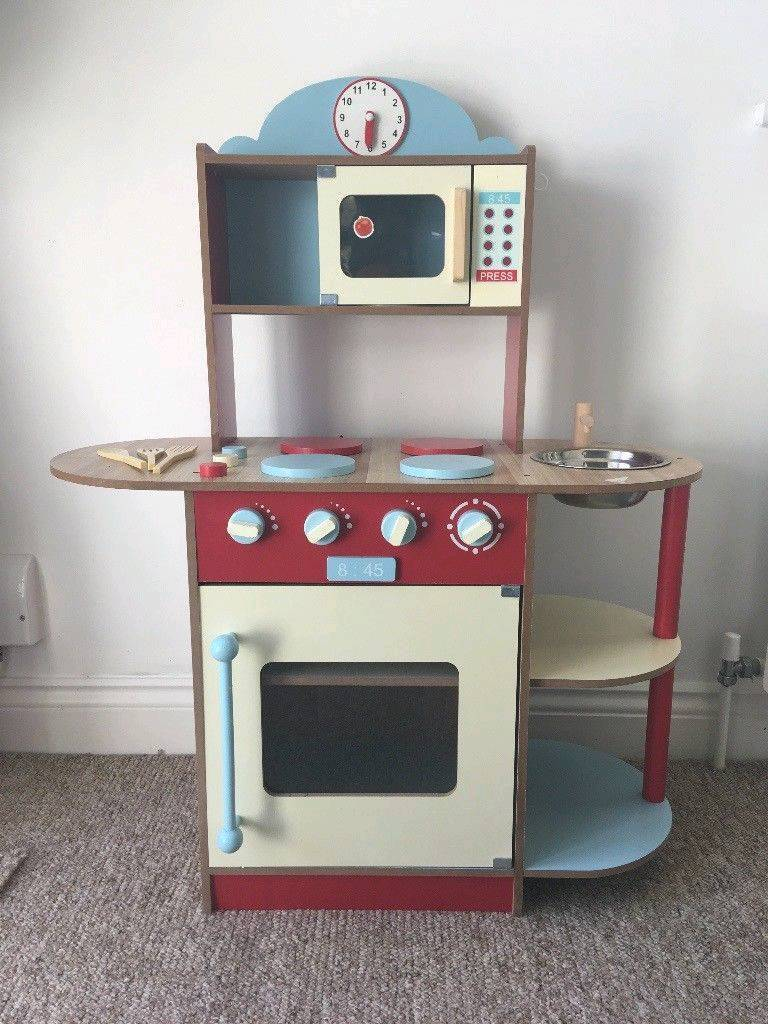 Awe Inspiring Childrens Wooden Kitchen And Play Food Selection In Salford Manchester Gumtree Home Interior And Landscaping Ymoonbapapsignezvosmurscom