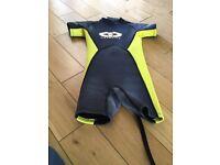Kids wetsuit size 1 age 3-6
