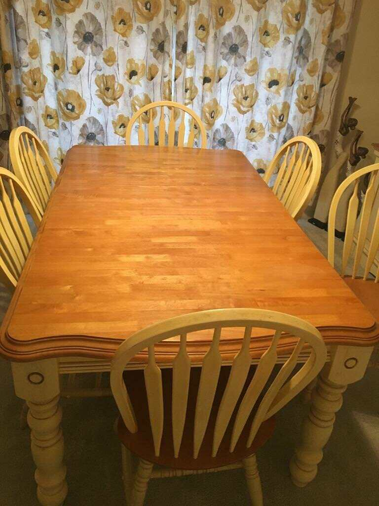 Extending 6 Seater Dining Table Plus Matching Sideboard Immaculate Condition