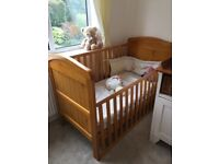 Mamas and papas nursery set, cot bed abd changing unit for sale