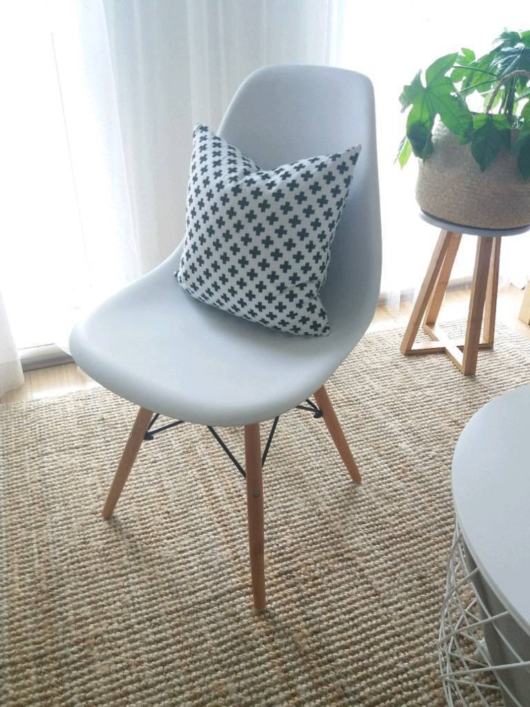 Scandinavian Style Chair Great For Desk