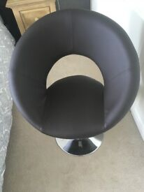 Dwell retro circles chair brown