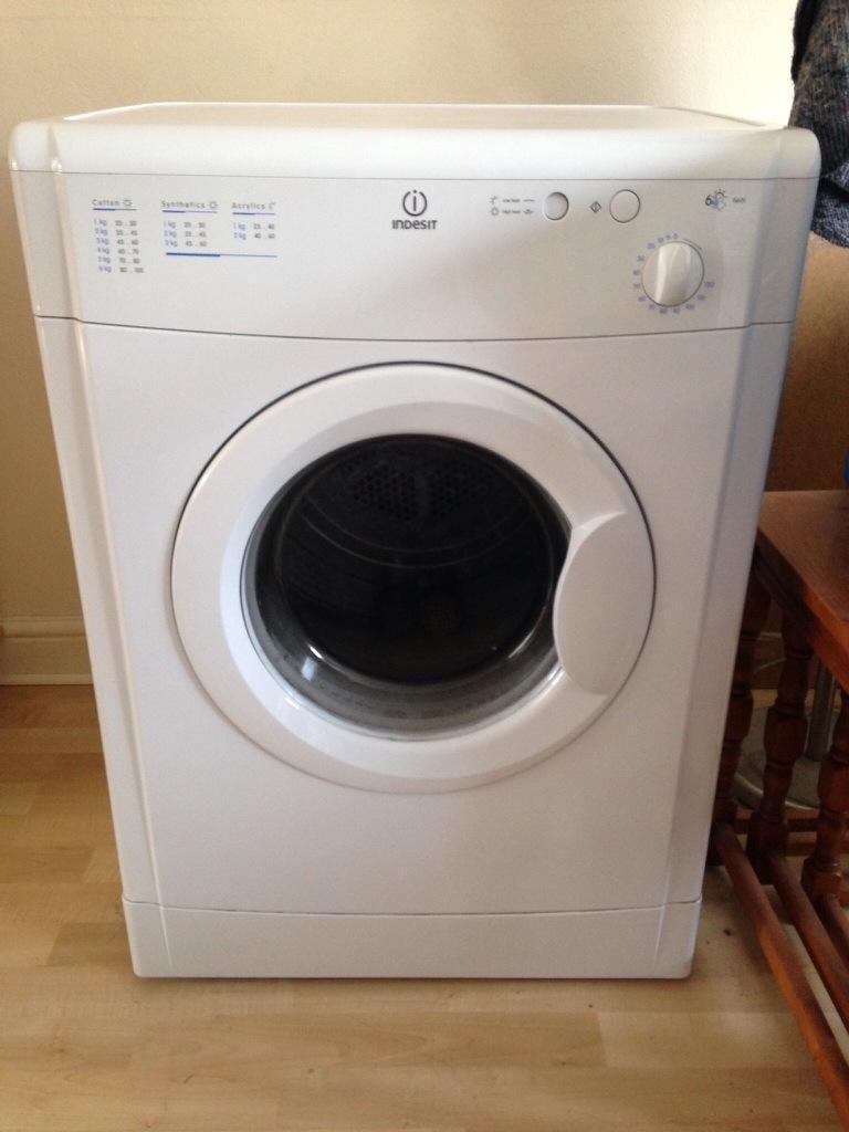 Loading Tumble Dryer ~ Indesit vented tumble dryer kg load united kingdom