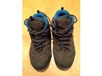 Hi-Tec Penrith Mid Junior Walking Boots - Size 1 - Excellent condition - Waterproof