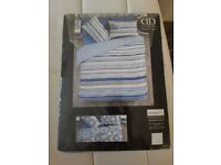 Reversible king size duvet cover with 2x pillow case - new, sealed