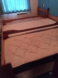 Bunk beds single pine