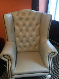 Chesterfield Queen Arm Chairs for sale £250 each we can talk about the price.