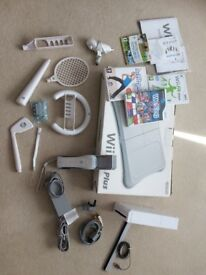 Ninentendo Wii, console, fit board with games