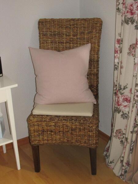 rattan st hle 4er set in niedersachsen bad bevensen st hle gebraucht kaufen ebay kleinanzeigen. Black Bedroom Furniture Sets. Home Design Ideas