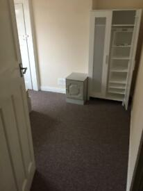 Double room for single person in Harrow (HA2)