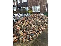 Free hardcore / rubble / mixed gravel