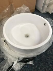 Large Round Basin / Sink Very Good Quality