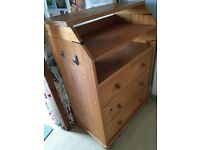 Ikea Narvik chest of drawers/baby changing table