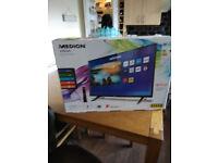 median vision smart TV 32 inch