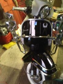 Vespa 125 px kitted 166 black tons of extras excellent condition hidden not ridden need a van