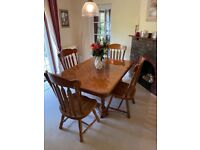 4-6 seater dining table with 4 chairs & sideboard