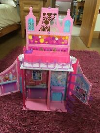 Barbie house in good condition.