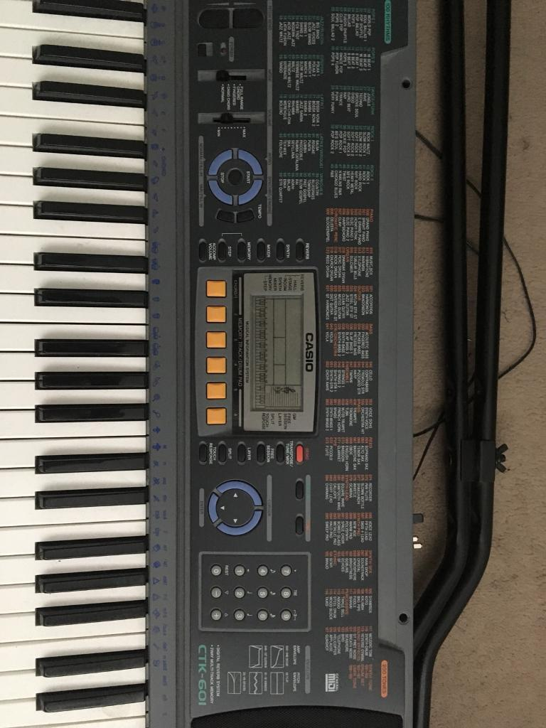Casio Ctk-601 Electronic Keyboard/organ with stand & music books