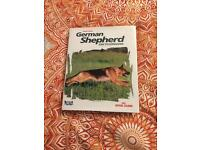 Royal Canin German Shepherd encyclopaedia