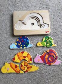 Goki Wooden Puzzle (Snails)