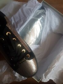Micheal Kors shoes   in Barton under Needwood, Staffordshire