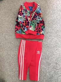 BABY GIRLS ADIDAS TRACKSUIT 3-6 MONTHS NEVER WORN