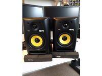KRK Rokit 5 G2 Active Studio Monitors + Samson MS200 Monitor Stands + Auralex MoPad Pads
