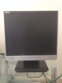 "17"" PC monitor screen with built in speakers"
