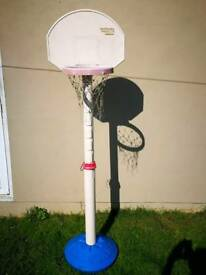 Used kids adjustable basketball stand