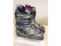 Salomon mission 10 ski boots. Size 26.5
