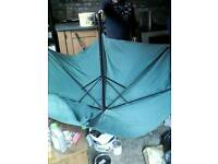 New! Large green patio umbrella