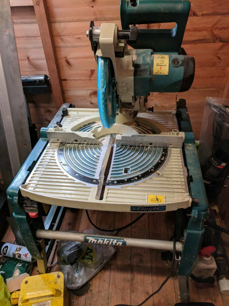 Makita flip over table saw/mitre saw