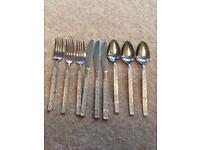 9 piece cutlery set