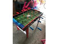 Kids football table with 6 brand new balls
