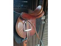 Bates 17.5 jumping saddle medium/wide