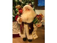 Traditional Santa Claus - Freestanding Christmas Decoration