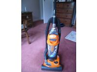 VAX Turbo Force 1700 Bagless Vacuum Cleaner (Great Condition)