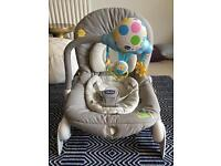 Chicco balloon bouncer