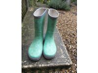 Green wellington boots Elsa and Anna size 1 £2 used for forest school
