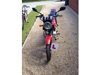 Yamaha YBR 125 less than 1000 miles two owners, not riden in 2015