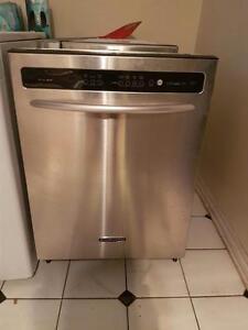 Lave-vaisselle kitchenaid  propres silencieux av broyeur Possibilité de livraison !
