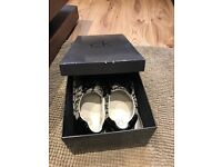 Calvin Klein size 9 like new casual shoes
