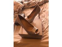 Carvella wedding shoes size 5 kurt gieger