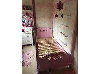 Girls single princess bed